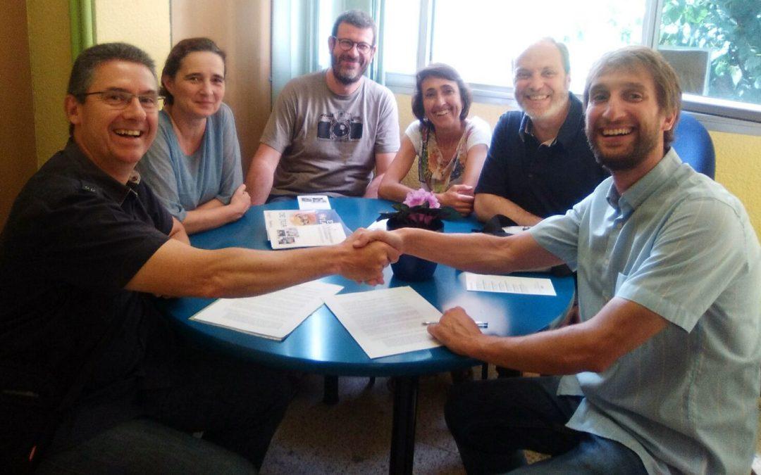El Grup de Llinars dona más de 2.500 euros a Odontología Solidaria